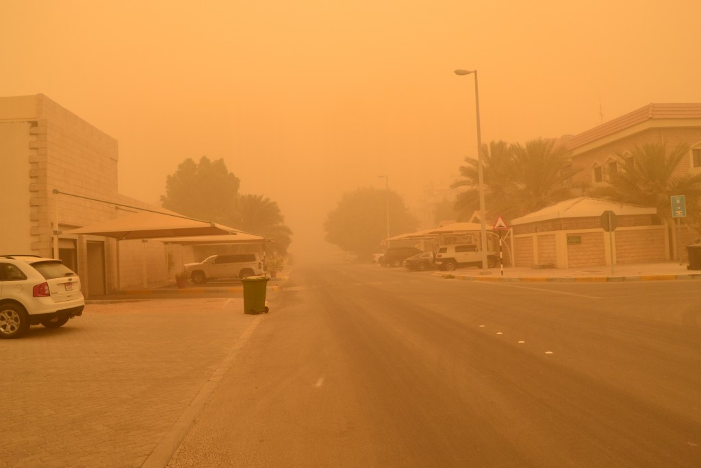 Abu Dhabi dust storm on April 2015 (3)