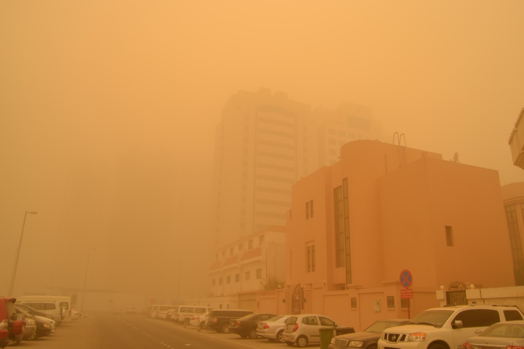 Abu Dhabi dust storm on April 2015 (5)