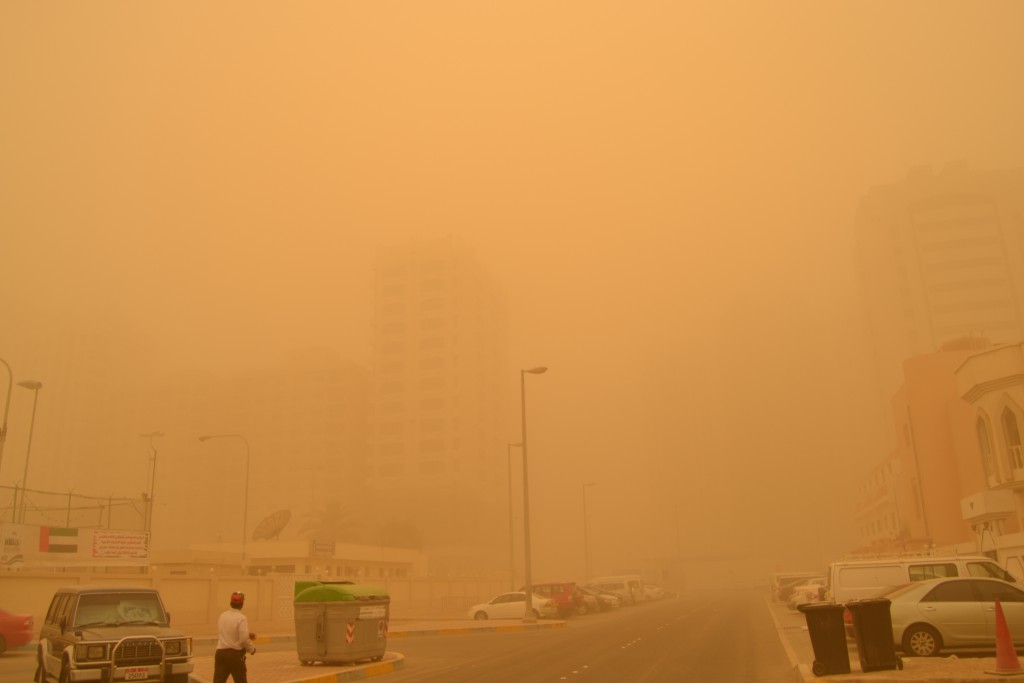Abu Dhabi dust storm on April 2015 (7)