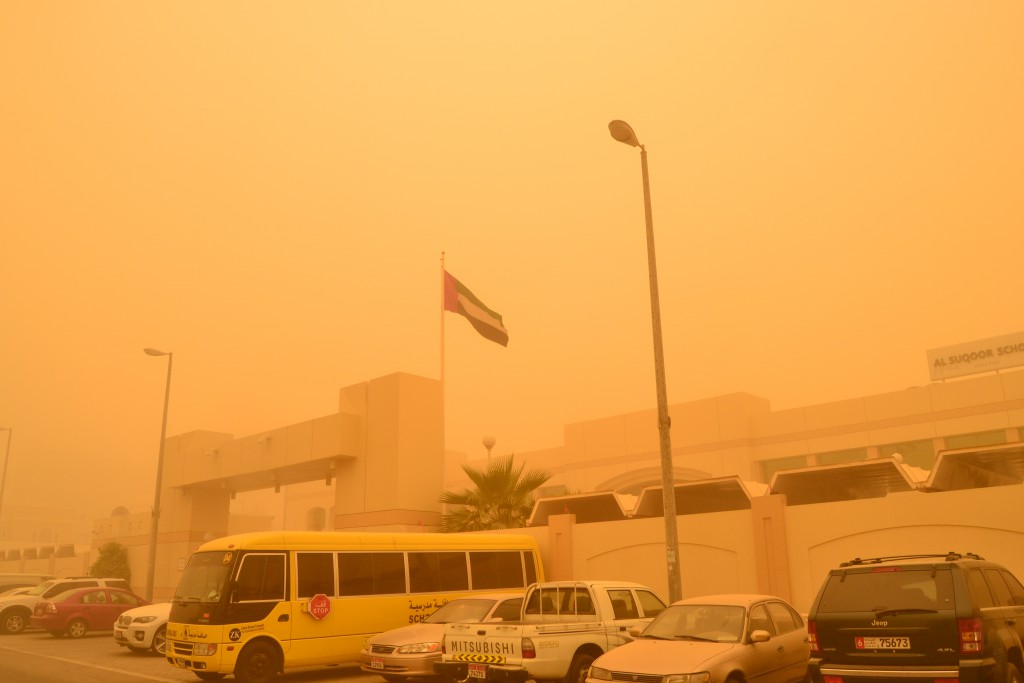 Abu Dhabi dust storm on April 2015 (9)