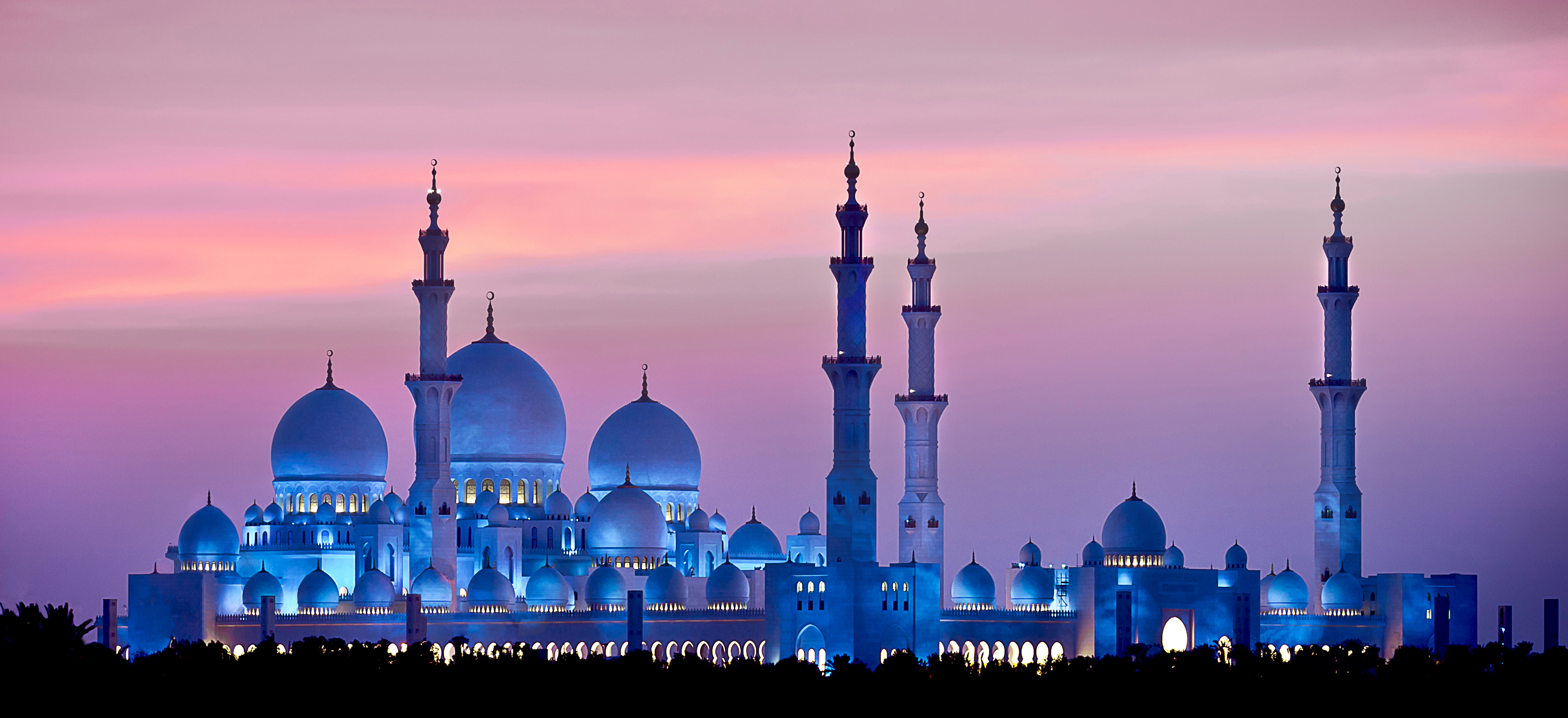 About Sheik Zayed Mosque The Largest Mosque In Uae