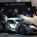 Abu Dhabi Police are test driving a Lykan HyperSport