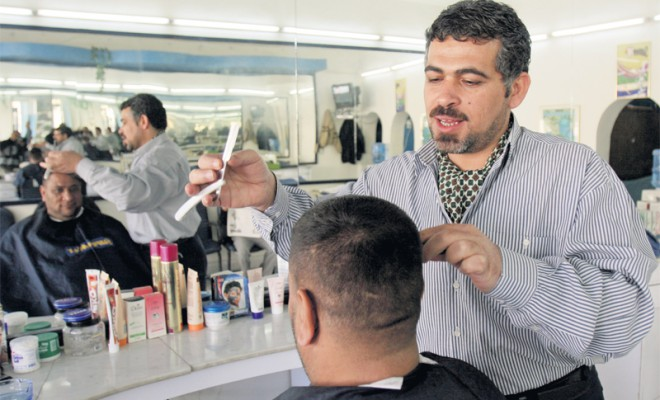 Crackdown on Salons and Cafes in Abu Dhabi