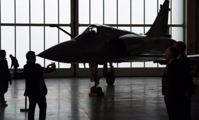 afp-france-delivers-first-batch-of-fighter-jets-to-egypt[1]