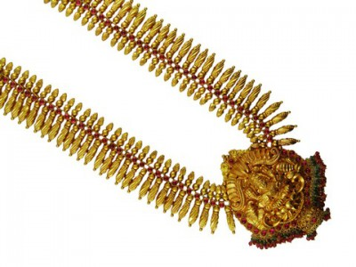 Traditional Gold Jwellery