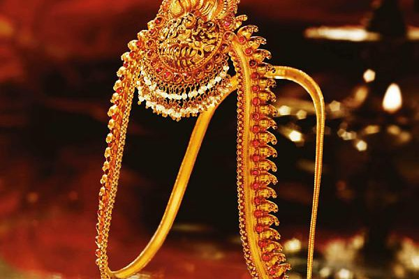 Traditional Indian Jewellery - Sarpech