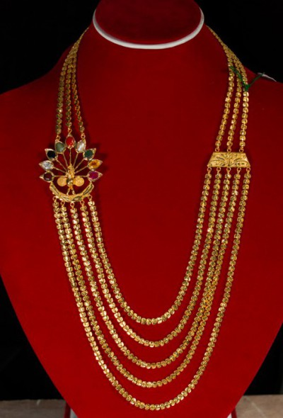 Traditional Indoan Jewellery - Chadrahaar