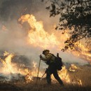 Northern California fire destroys 400 homes, businesses