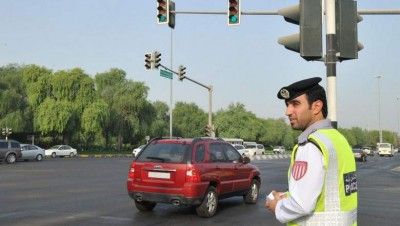 Abu Dhabi issues 100,000 fines for breaking road rules in 2016