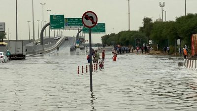 Ten Emiratis rescued from flooded valley in UAE